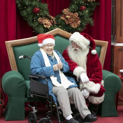 shopping resident with santa2